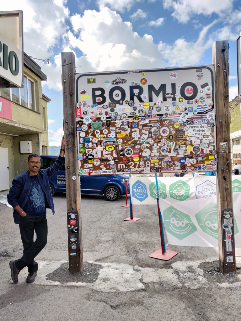 Customary posing at the Stelvio Pass Bormio