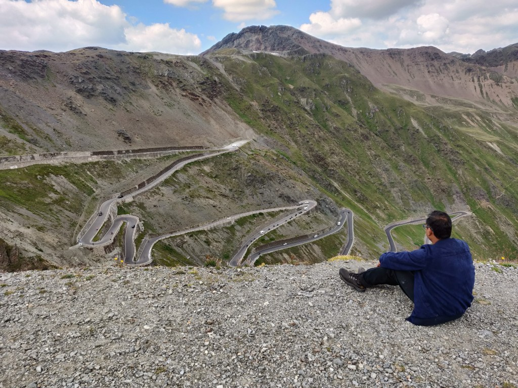 Fantastic view of the roads from Stelvio Pass